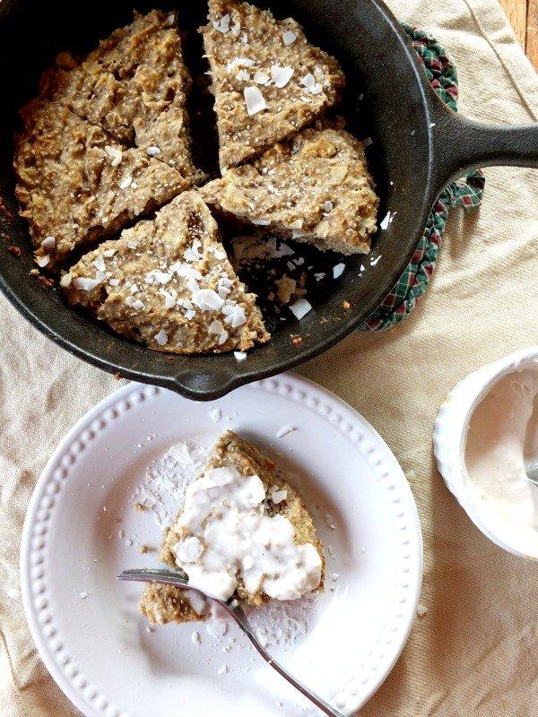 Banana Chia Paleo Breakfast Cake from Cook It Up Paleo | Savoring Saturdays Gluten-Free Linky Party | RaiasRecipes.com