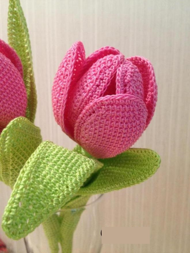Связанные тюльпаны крючком видео