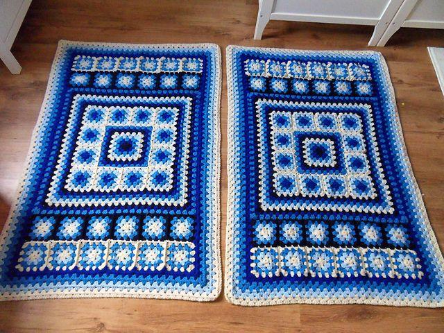 Фото коврик мотивами бабушкин квадрат