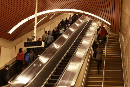 Escalators at Flagstaff - three of the four banks only have 2 escalators and a set of stairs