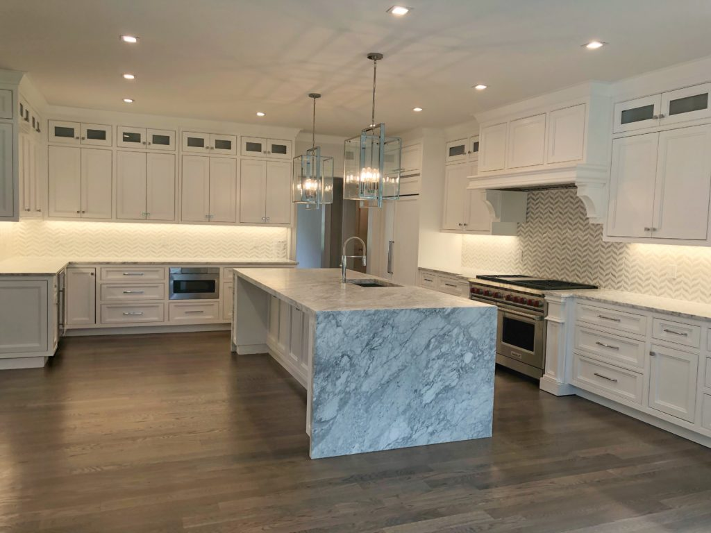 Modern Backsplash Tile Transitional Super White Kitchen With A Modern Twist - Rai