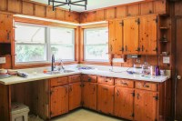 Modern and Colorful Farmhouse Kitchen Plans