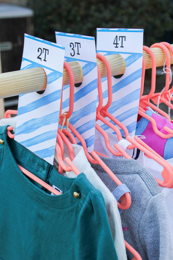 DIY Clothes Rack and Free Printable Size Dividers for Yard Sales