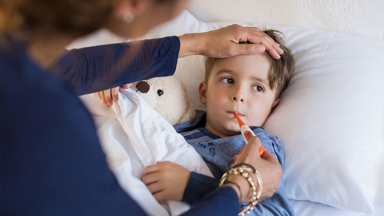 Newborn Infant With Fever Fever And High Temperature In Children Raising Children