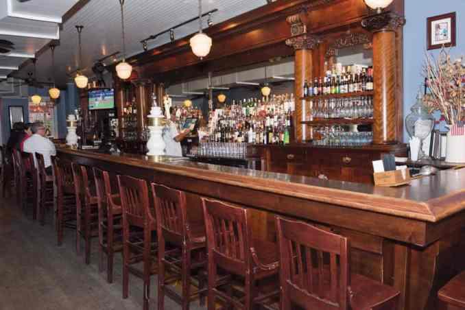 Landmark Tavern