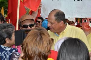 Luis Guillermo Solís 300x200 El nuevo gobierno de Costa Rica renuncia a su libertad y promesas de cambio