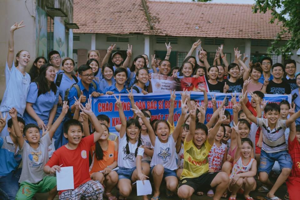 Volunteers Around the World at VCU trip to Cambodia this summer