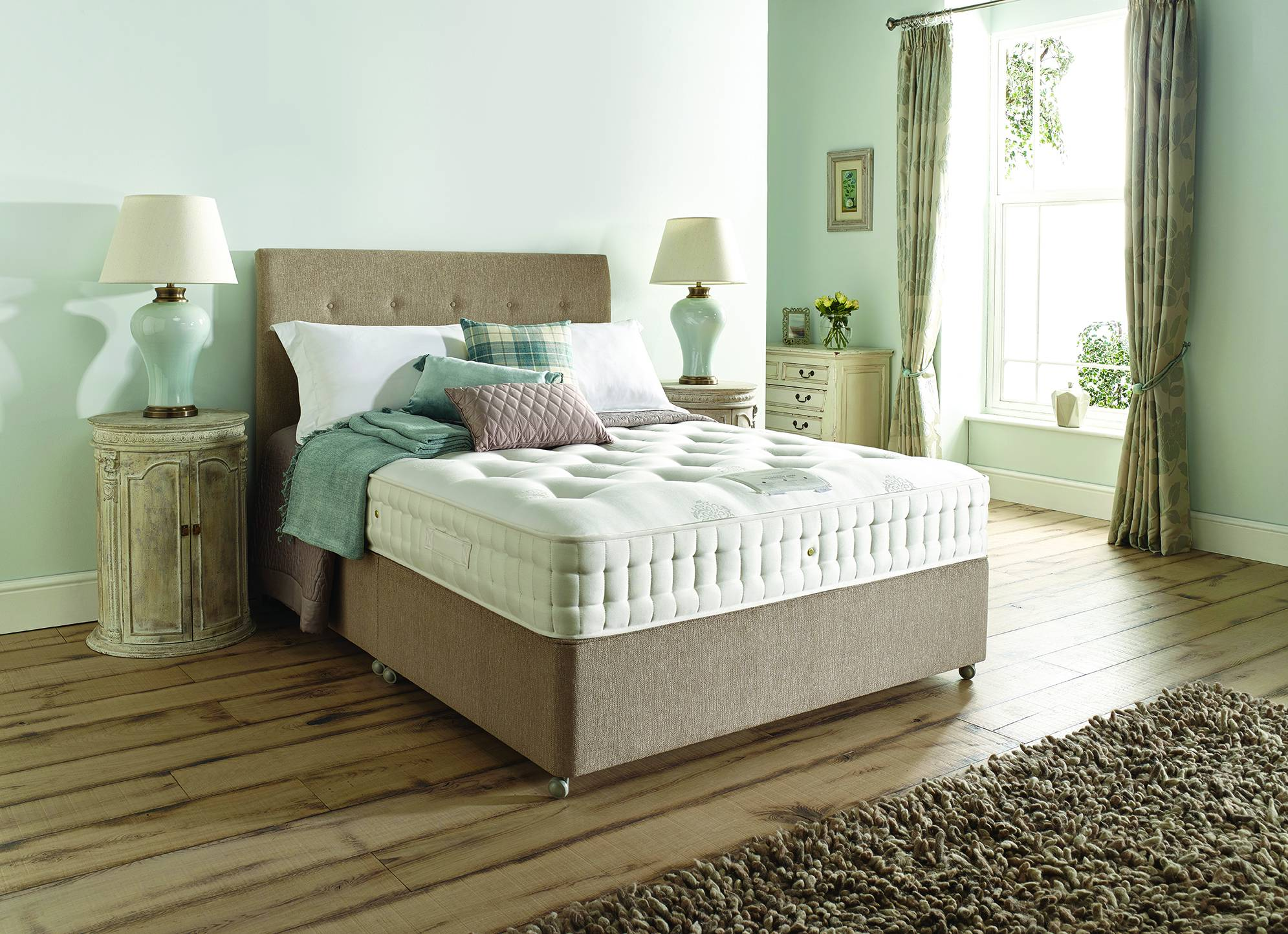 Moonraker Beds Harrison S Beds Chantilly 4700 Divan Beds Rangers Furnishing