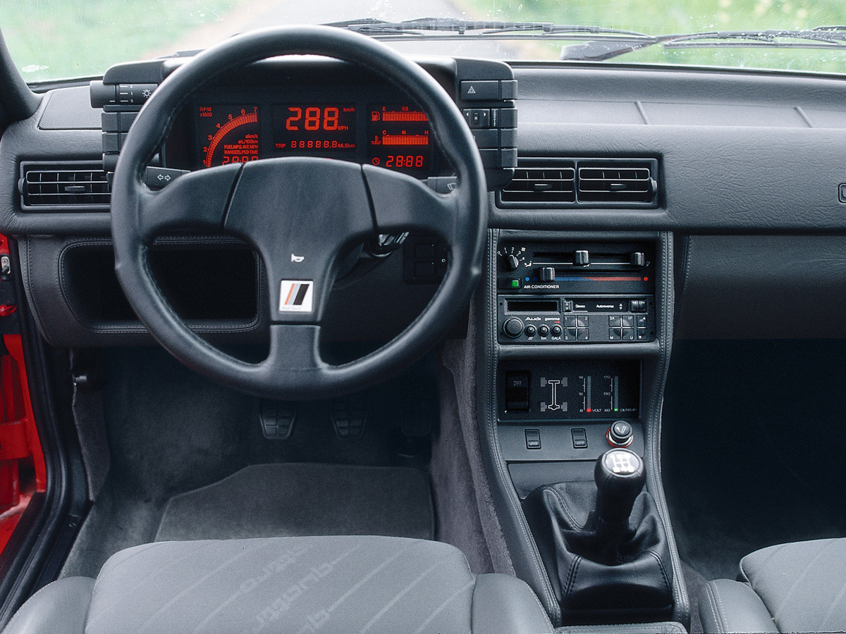 Interieur Audi 80 Topical Advertising: On The Inside | Ran When Parked