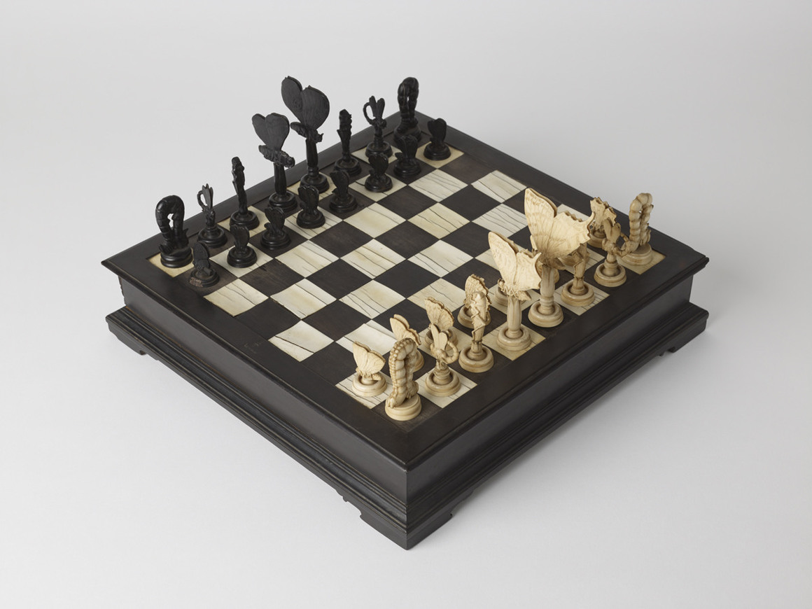 Chest Game Set Master Works Beautiful And Unusual Chess Sets Sockrotation