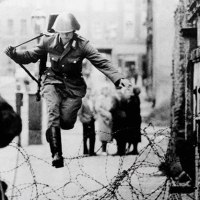 Conrad Schumann defects to West Berlin, 1961