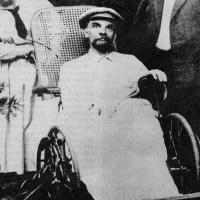 Vladimir Lenin's last photo. He had had three strokes at this point and was completely mute, 1923