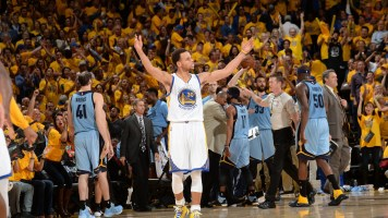 Golden State Warriors Epic Comeback Against The Clippers Keeps Them 13-0