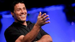 Tony Robbins: How To Be More Attractive