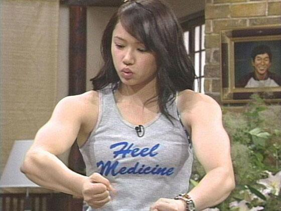 筋肉女141