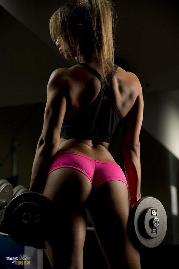 筋肉女264