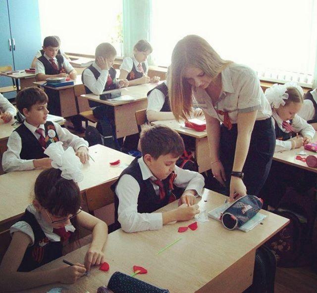 女教師25