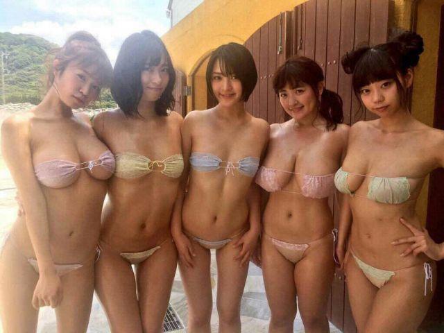 bikini611