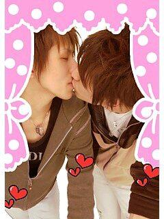 海外の可愛い男同士のキス画像貼っていく396