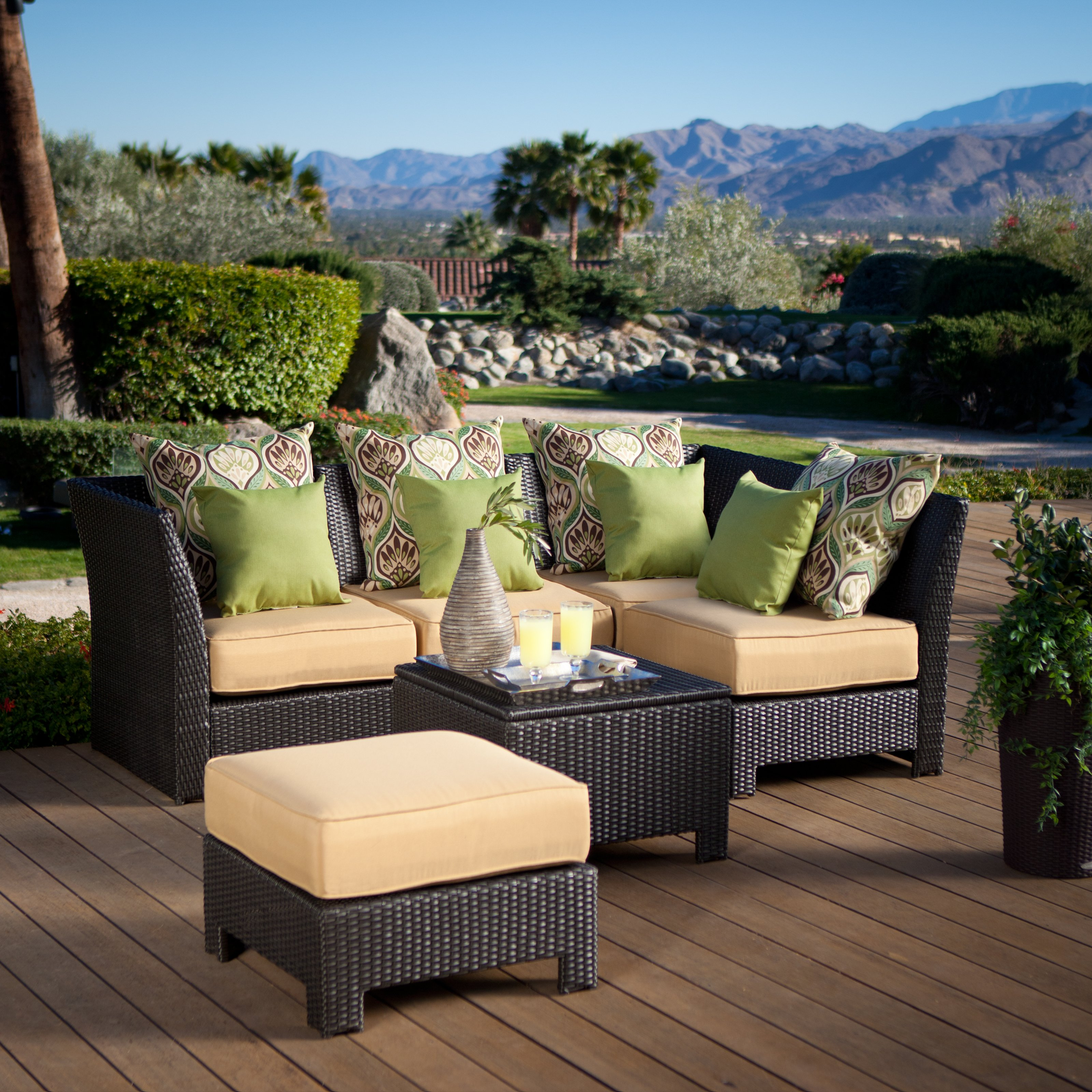 Salon Resine Tressee Why Resin Finished Wicker Outdoor Furniture Recommended