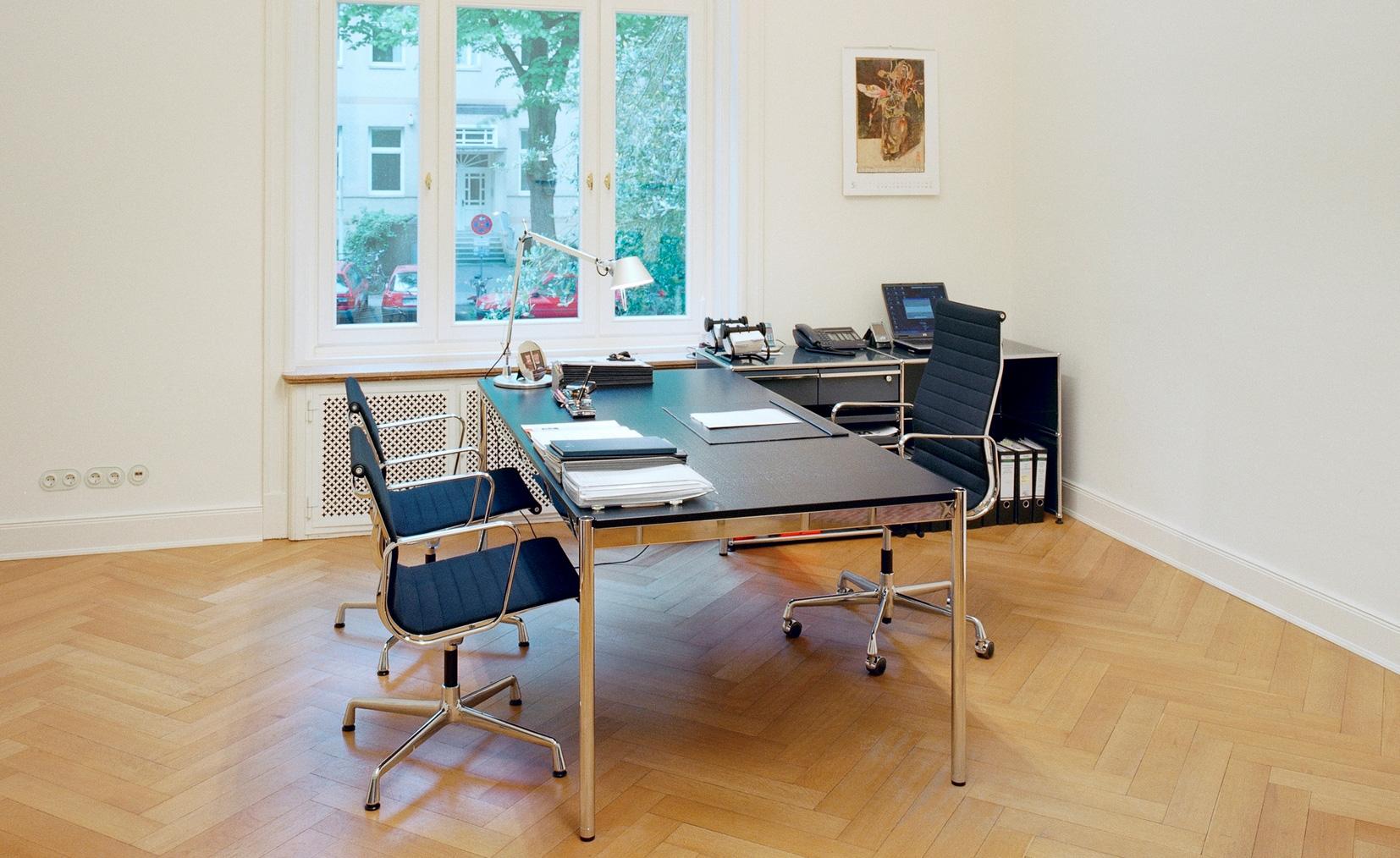 Wohnzimmer Mit Schreibtisch Einrichten | Arbeitszimmer Einrichten ...