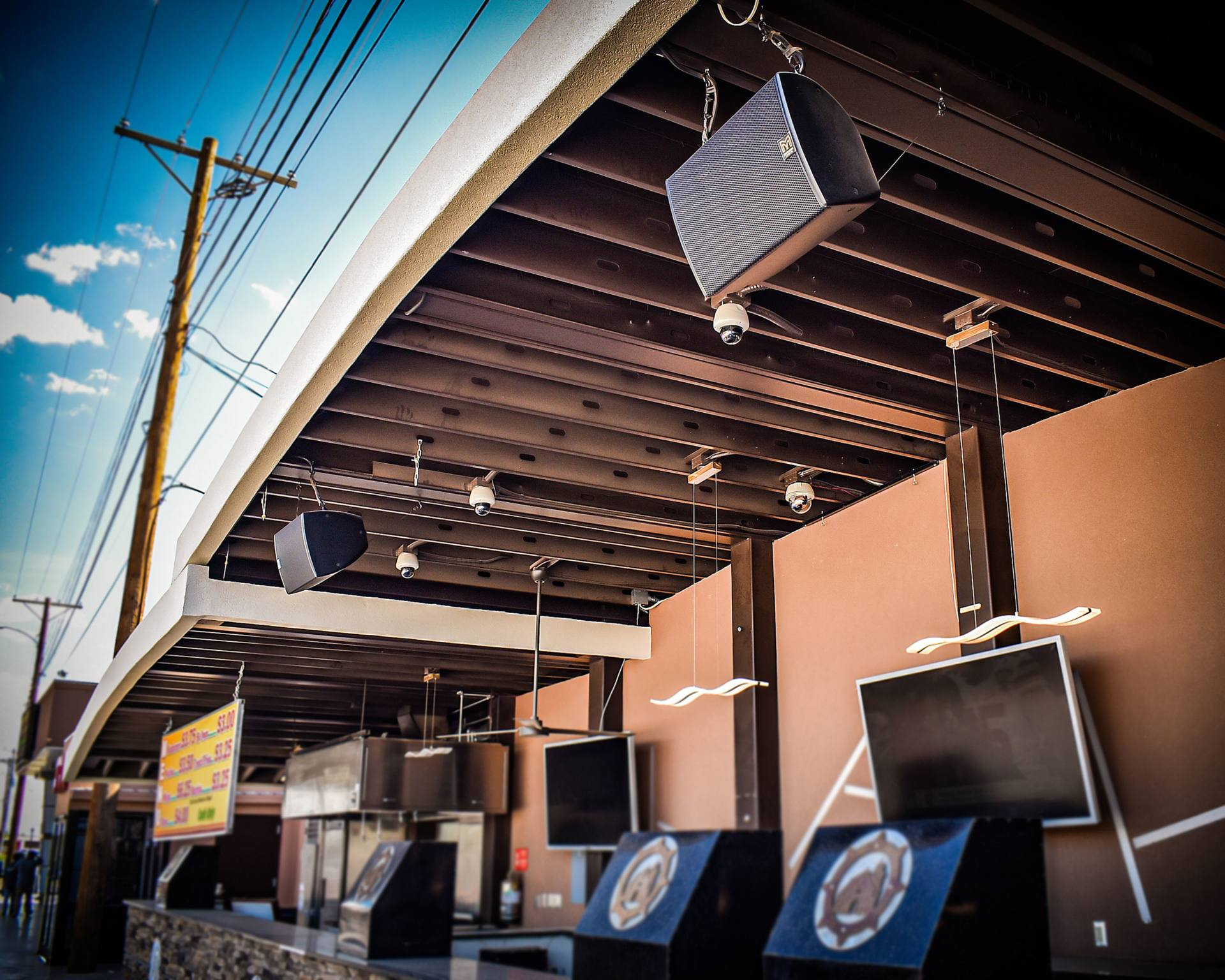 Wpc Consulting Speaking Rock Entertainment Center Upgrades To Martin Audio Rave