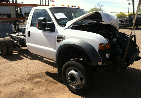 Ray  Bob\u0027s Truck Salvage