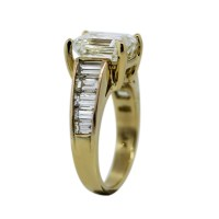 18k Yellow Gold Emerald Cut Diamond Engagement Ring Setting