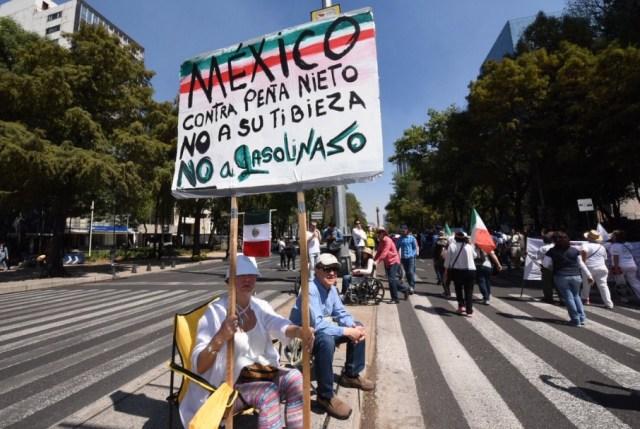 Miles de ciudadanos acudieron a la marcha #VibraMéxico, pero no para respaldar a Enrique Peña Nieto sino para exigir su renuncia.