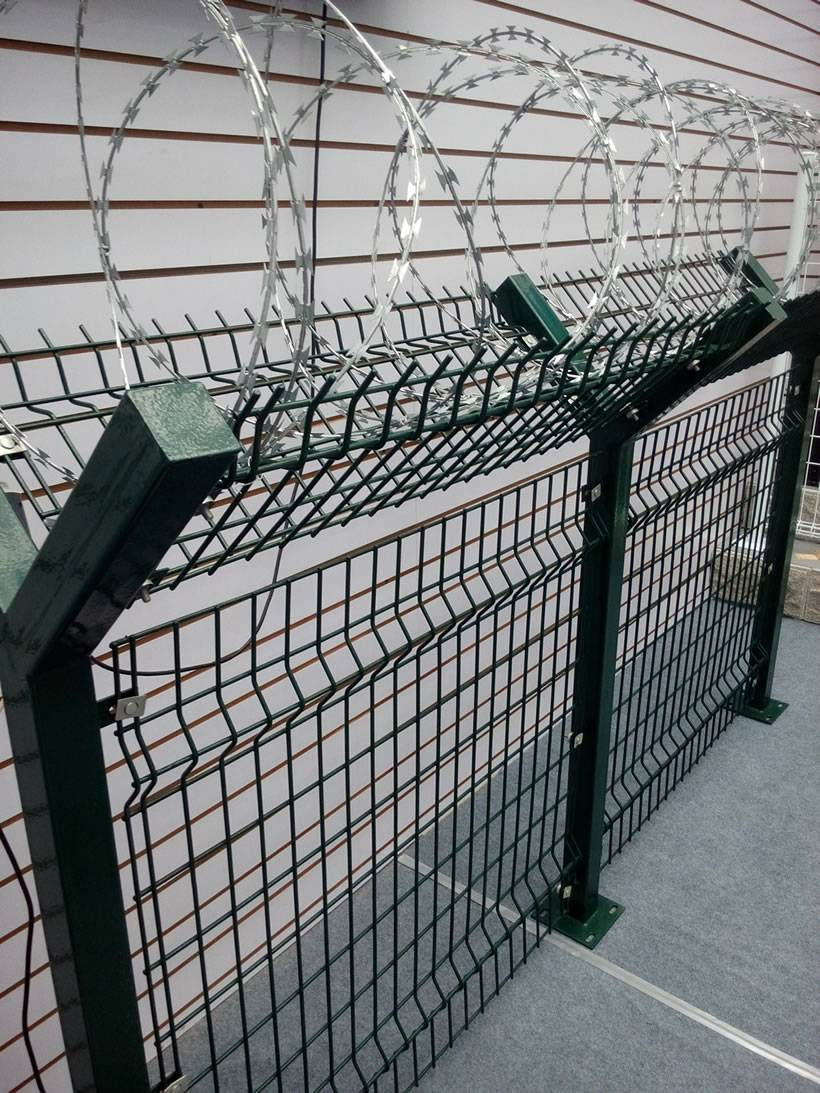 Wire Fencing Welded Wire Fence With Concertina Wire For Security Fence