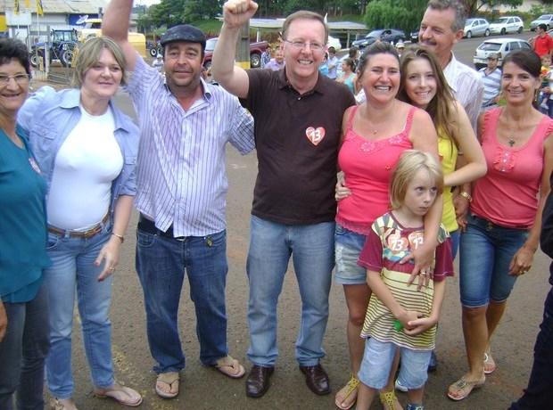 Criminosos invadem casa de prefeito do Oeste de SC e rendem família