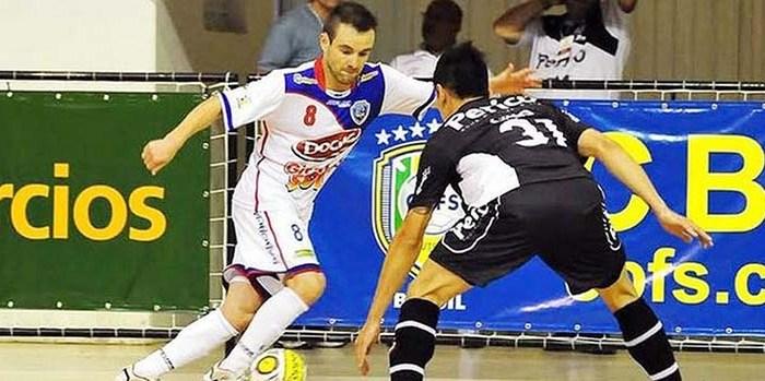 Jaraguá Futsal vai em busca de uma vitória em casa contra o ALAF nesta segunda