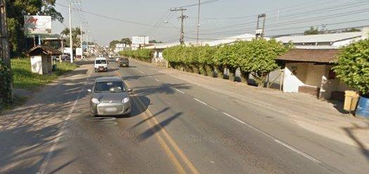 Jovem de 19 anos é atropelada em frente a faculdade em Guaramirim