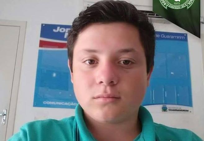 URGENTE – Família procura adolescente de 17 anos em Guaramirim