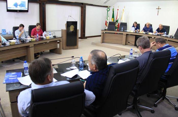 Projeto de Lei institui auxílio-alimentação no Legislativo