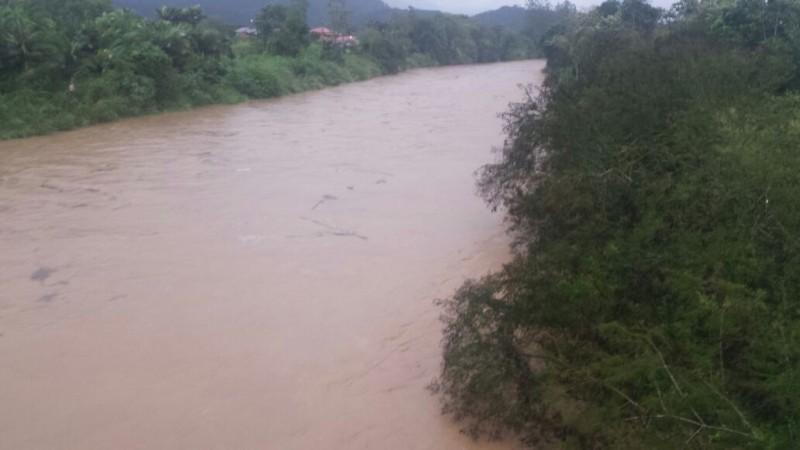 Rio Itapocu na altura da ponte do rodeio no Três Rios do Sul
