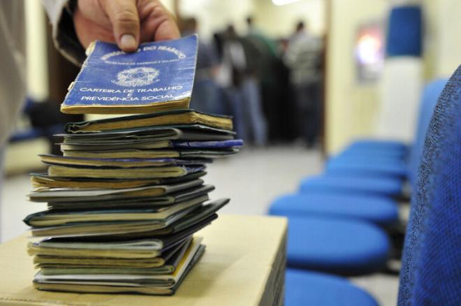 Desemprego recua para 13% e atinge 13,5 milhões de brasileiros no segundo trimestre