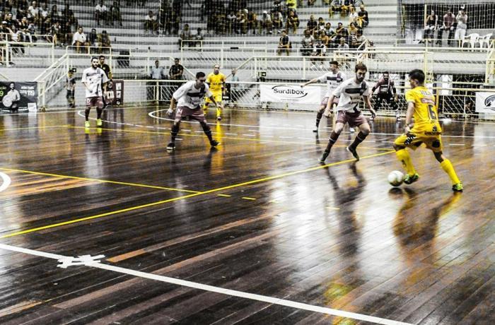 Com o placar de 3 a 1, Jaraguá Futsal vence e está na final da competição l Foto: Emerson Gonçalves/RBN