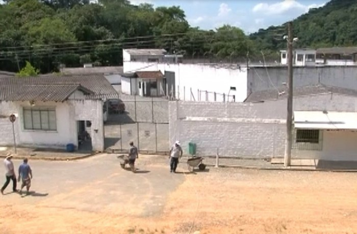 Tumulto no presídio deixa sete detentos feridos em Jaraguá do Sul