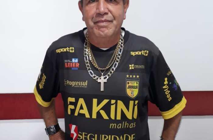 Malabarista de rua Odilon Correa, 66 anos - Foto: Rádio RBN