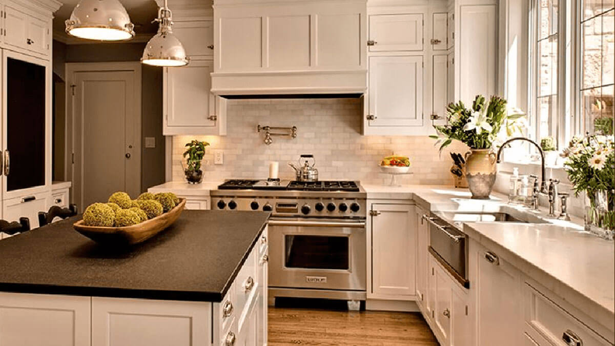 How To Update Kitchen Cabinets Update Your Kitchen Cabinets With Fresh Paint R Contracting Services