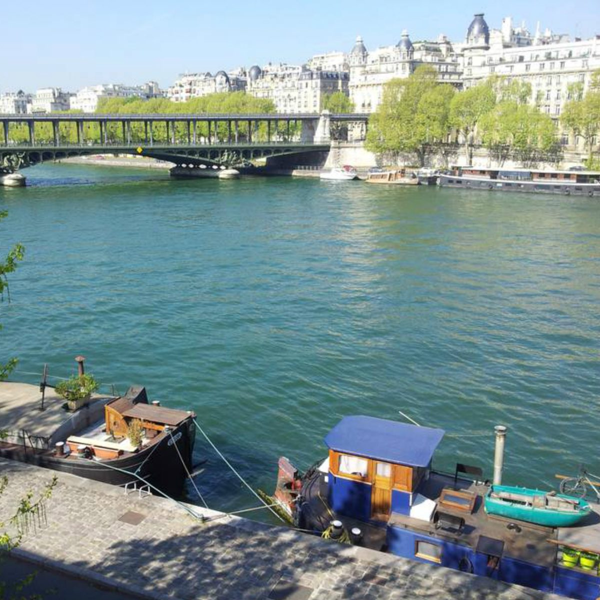 Airbnb Peniche Paris These 50 Airbnb Houseboats Are Like Living In A Floating Tiny