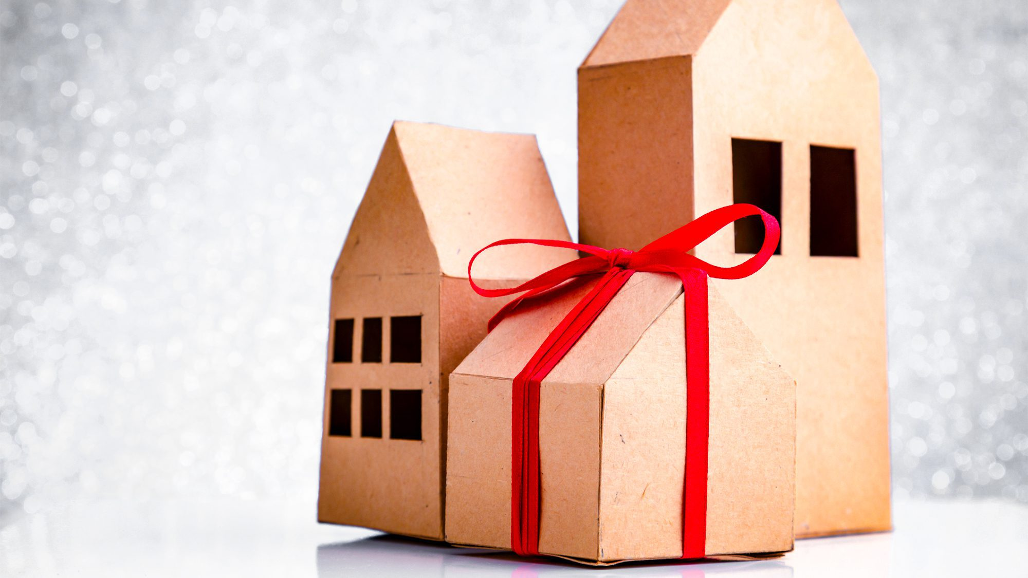 What To Buy For Housewarming Party 6 Useful Housewarming Gifts For New Homeowners Realtor