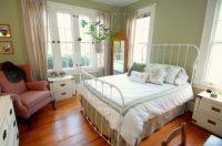 8 Big Ideas For A Small Bedroom | realtor.com
