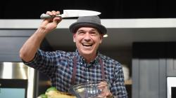 Piquant His Nyc Townhouse Chef Michael Symon Wants To Cook Up A Sale Chef Michael Symon Wants To Cook Up A Sale His Nyc Townhouse Michael Symon Wife Age Michael Symon Wife Photo
