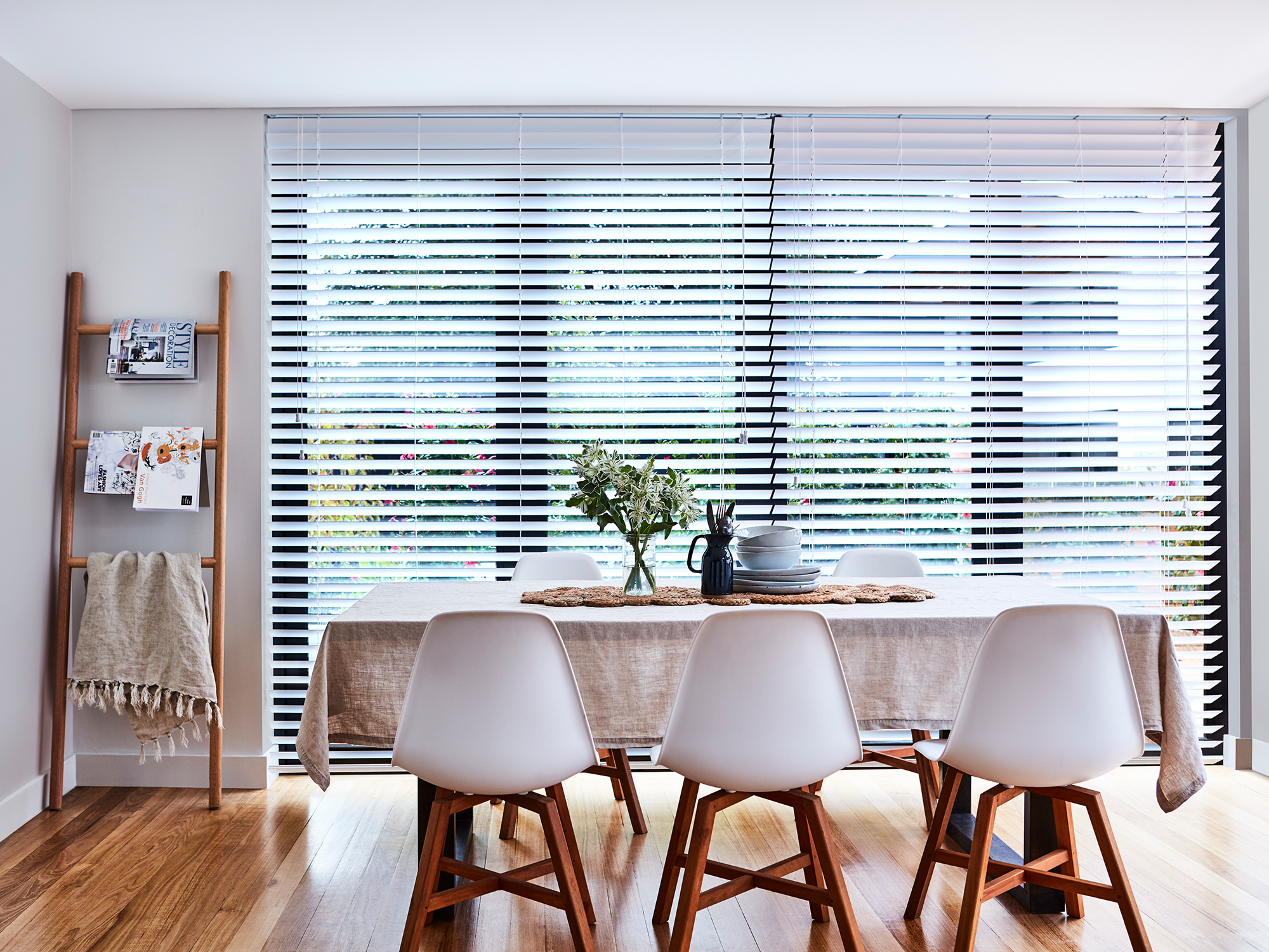 Outdoor Blinds Bunnings 5 Ways To Give Your Windows A Facelift