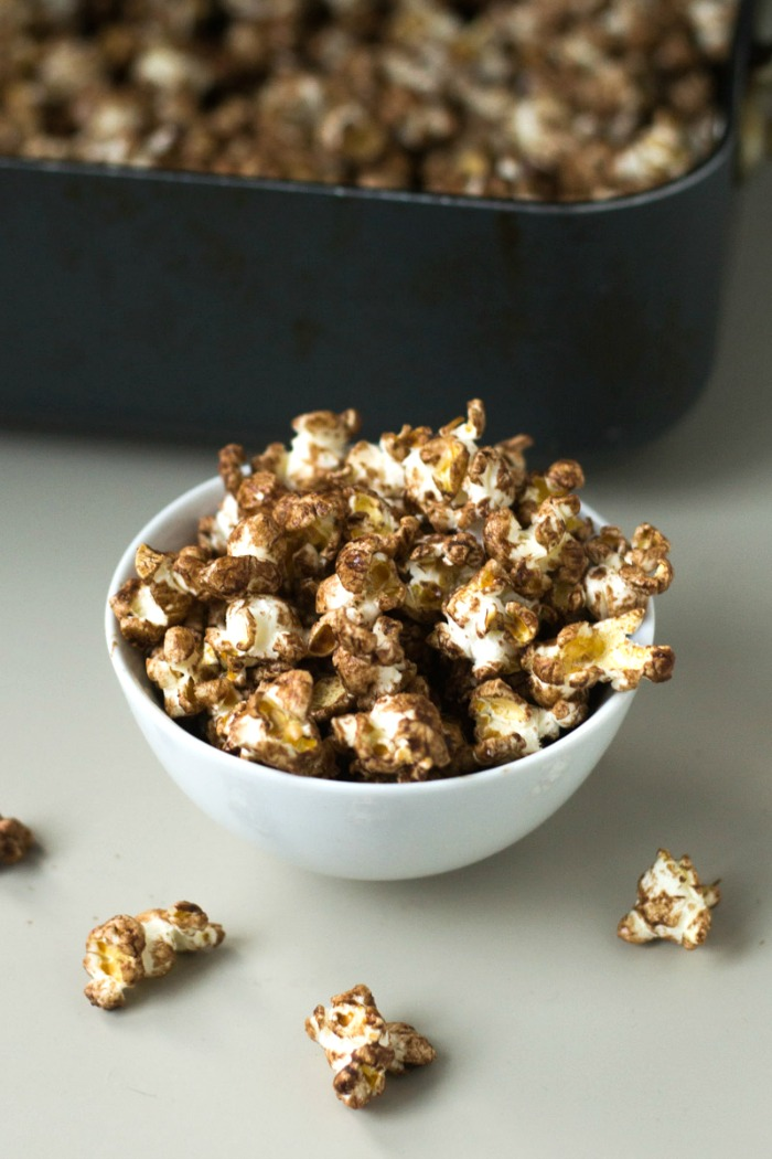 This chocolate popcorn recipe an amazing healthy snack that will satisfy your chocolate cravings! It makes a great holiday gift, but it works any time of year. Recipe from Real Food Real Deals.