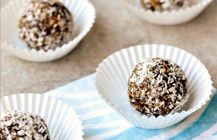 Healthy Almond Joy Truffles Recipe
