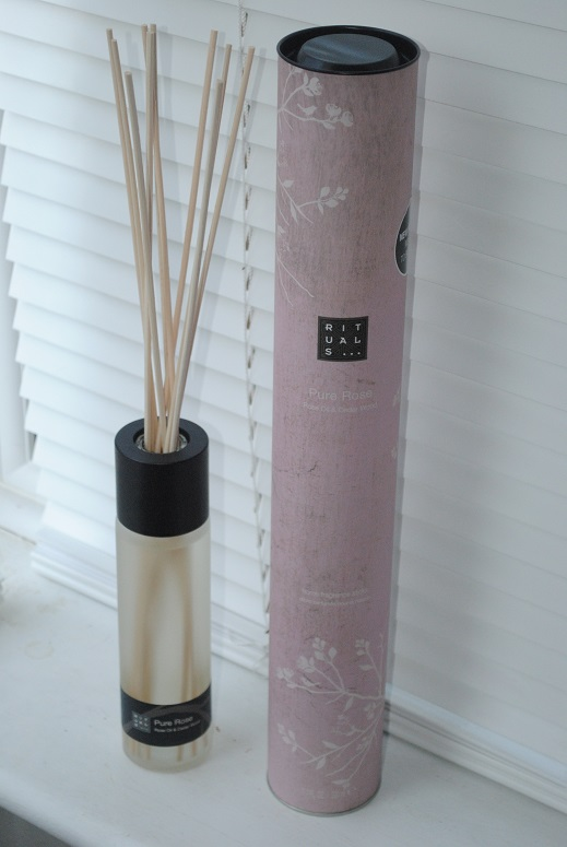Diffuser Rituals Rituals Pure Rose Fragrance Sticks Review - Really Ree