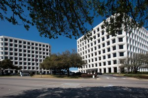 The Summit office park in Fort Worth has been purchased by an Austin investment group.
